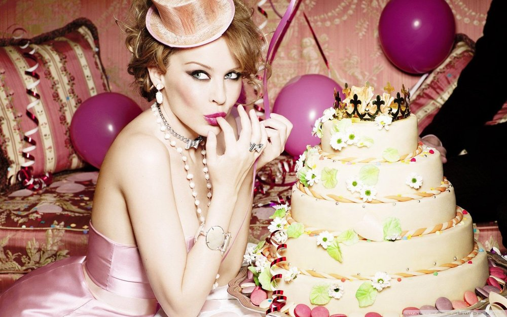 kylie_minogue_birthday-wallpaper-1920x1200.jpg