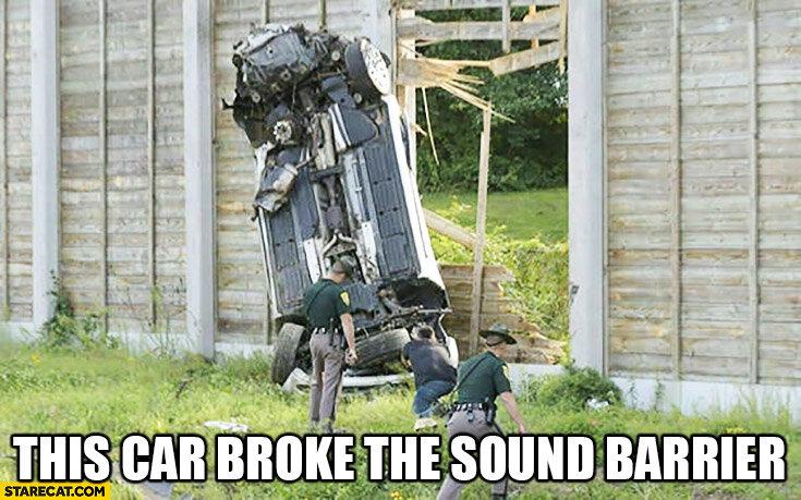 this-car-broke-the-sound-barrier-quite-literally.jpg.181919ea2082778a28ea8e0d4df16db5.jpg